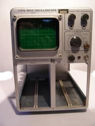 Tektronix Oscilloscope Type 561A Grundgerät