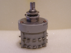 JANKO Robuster Drehschalter 2 Ebenen  30 Kontakte  115V 5A / 28V 3A