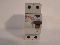 AEG Fi 25A 30mA Fehlerstromschutzschalter 2-polig
