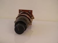 Robuster 2 Achsen Stufen-Drehschalter DAK 207249-LK4