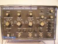PHILIPS PM5715 PULSE GENERATOR 1 Hz ... 50 MHz
