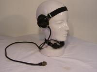 Sprechgarnitur mit Kehlkopfmikrofon für Sende- und Empfangsgerät R-126
